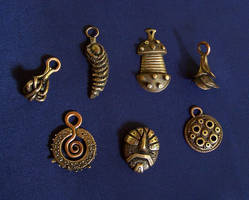 Bronze jewelry 3 by Astalo
