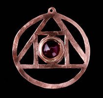 Asraniel's pendant by SoulStoneDesigns
