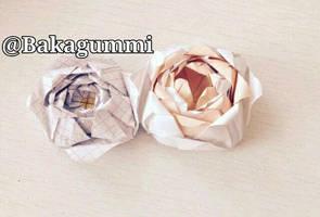 Origami Roses by bakagummi
