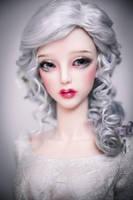 Frozen Roses by amadiz