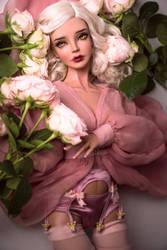 Virginia - Fragile Beauty by amadiz