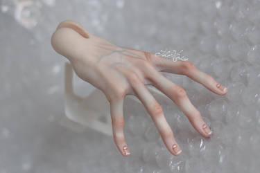 Fifthmotif-Hand part by yukilovecomic