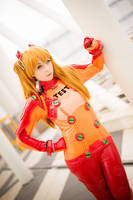 Asuka Test plug cosplay by HeavenAndSky