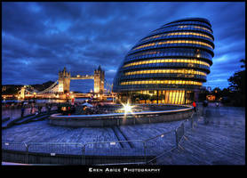 City Hall and Tower Bidge by erenabice