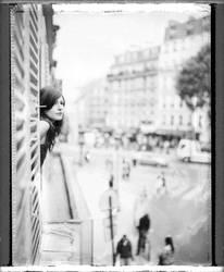 A la fenetre. by geishaballs