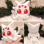 Albino Cat-thulhu! by AliceUndrground