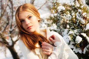 The first snow by antoanette