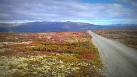 Heidal, Norway by BinaryReflex