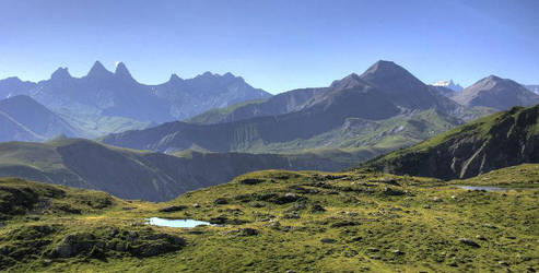 alps scenery by nystep
