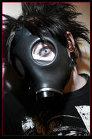 Gas Mask Alex by The-strength-within