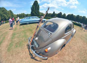 VW bug with ski by Poppy-CZ