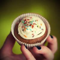 cupcake by BlueFish24