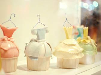 cupcake dresses by puddingpolaroid
