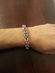 byzantine chainmaille bracelet by Vkarmoury