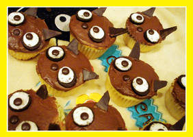 Chococat Cupcakes by plushies-by-chrissie