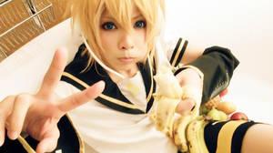 Vocaloid Family5 [Banana3] by yuegene