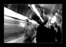 dans le metro by cei-