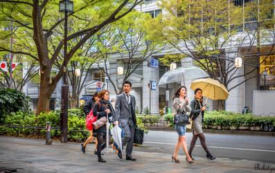 elegance under rain - Omatosendo Tokyo by Rikitza