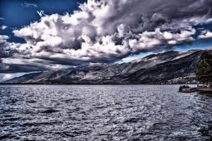 Threatening sky at Ioannina by Rikitza