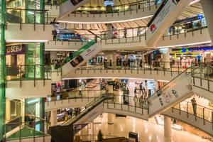 Bangkok with love - shopping mall by Rikitza