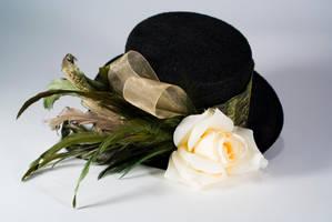 English Garden mini top hat by Lastwear