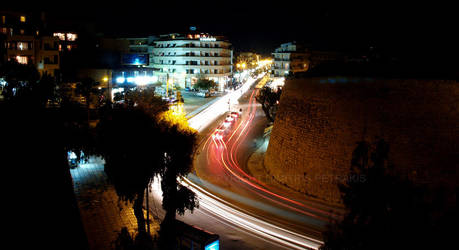 Heraklion by night by slatan