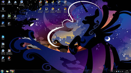 17 June 2013 Desktop by TakaraLioness