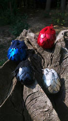 Dragon eggs/pouches by Ilirej