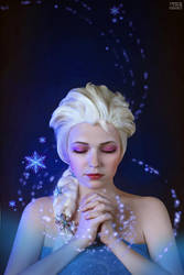 Elsa - Frozen by TimmyFrost