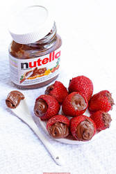 Strawberries with Nutella by LilyBrilliant