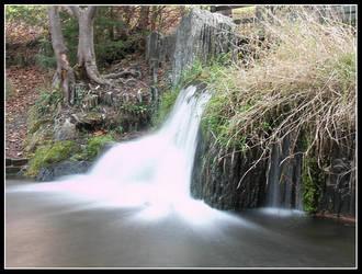 little waterfall by Sharpeshots