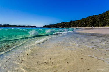 Pacific Paradise by andyhutchinson