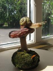 snail on a shroom by BenPhillips