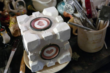 Weighted Companion Cube - MK I by Franswiggidy