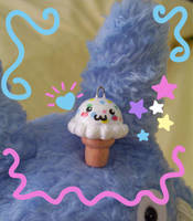 Ice Cream and a Totoro by fuish