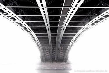 Bridge pier by naturtrunken