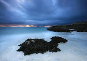 Gathering Gloom by ArwensGrace