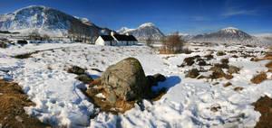 The Snowey Highlands by ArwensGrace