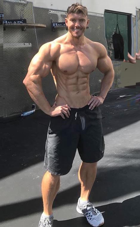 Built By Tallsteve 10 Magnificent Muscle Men Built By