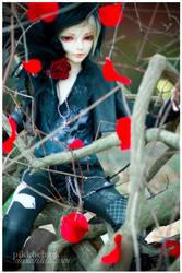 Dead Tree by Pikkochan