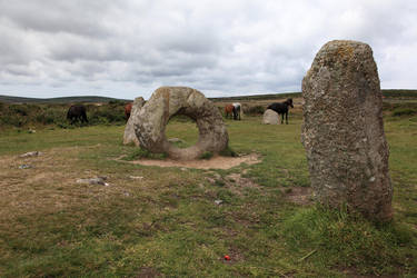 Men-an-Tol by puppeteerHH