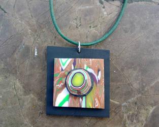 Held Circle Pendant by ezo