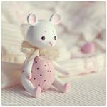 Polka-dot mouse by Katy-Doll