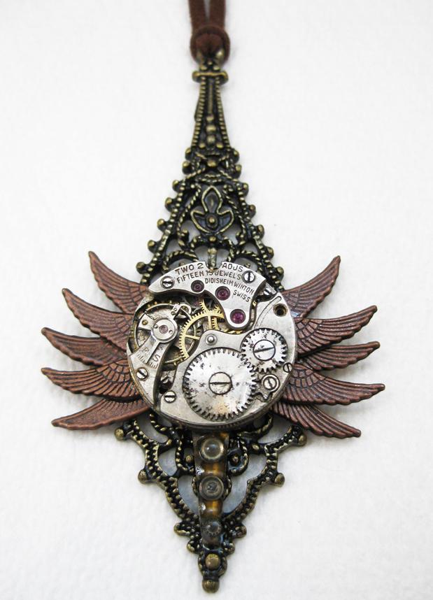 Steampunk Necklace - Bug by xxPRECIOUSMOMENTSxx