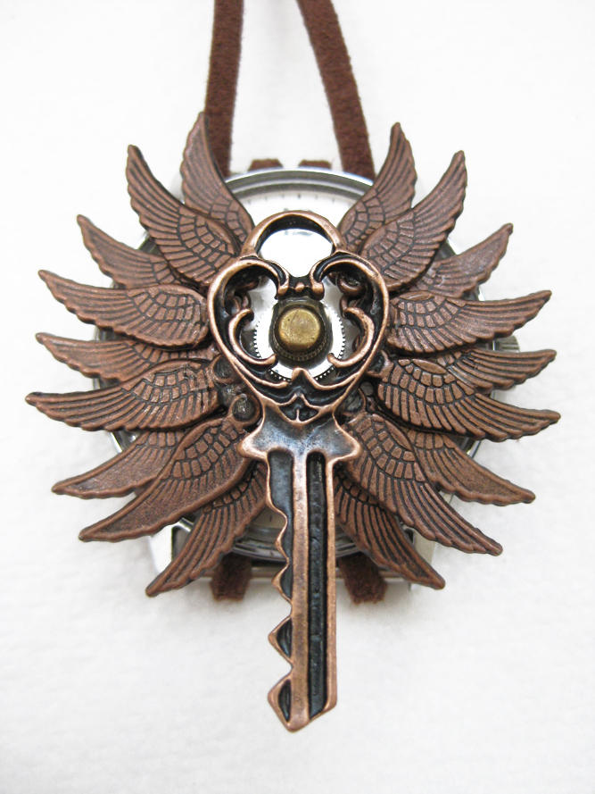 Steampunk Necklace - Wings by xxPRECIOUSMOMENTSxx