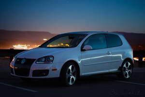 Volkswagen MKV GTI 2.0T by polygonbronson