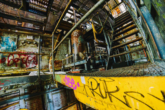 6057, old AMCOR papermill. by thespook