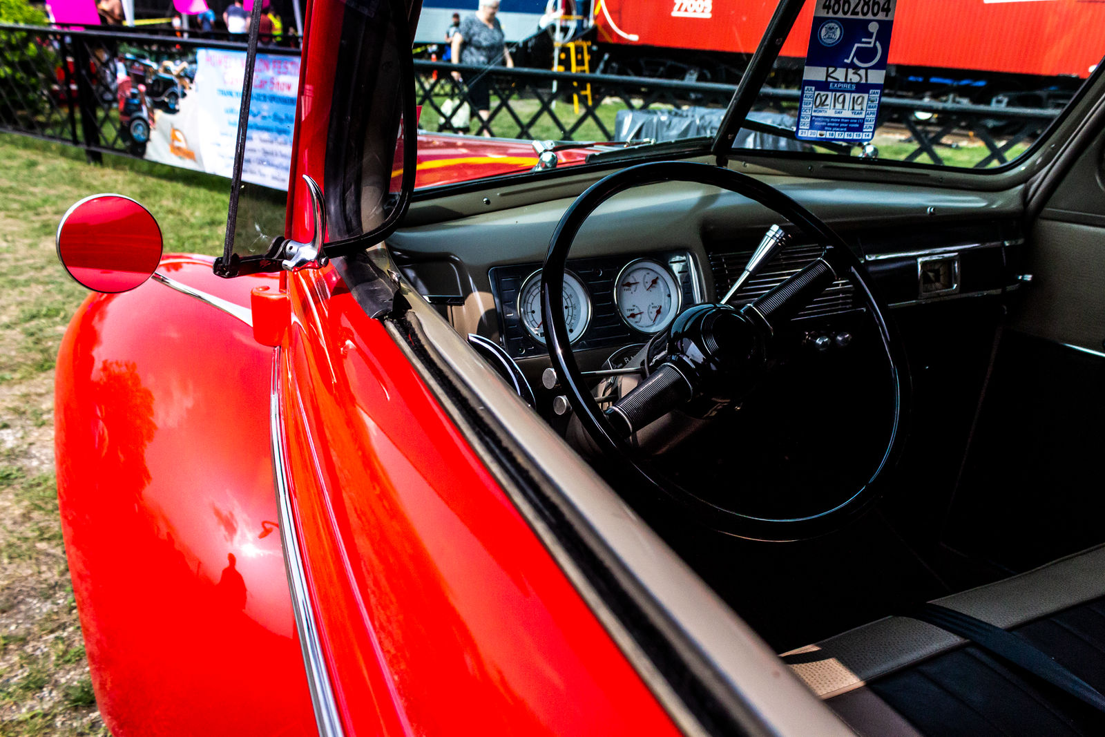 Ford Deluxe V8 2 by AaronMk