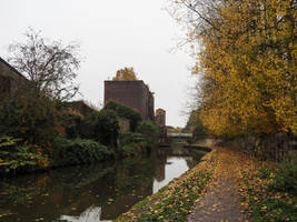 A walk along the canal. by jennystokes