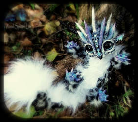 -SOLD- Posable Baby Snow Leopard Dragon by Wood-Splitter-Lee